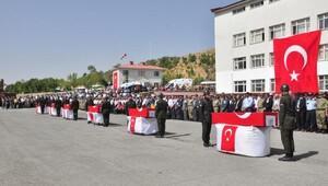 Bitlis'te şehit olan 5 asker ve 1 korucuya uğurlama töreni