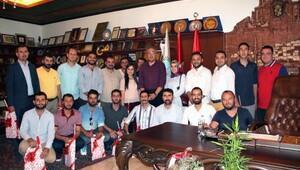 Ak parti gençlik kolları yönetici ve üyeleri ,Ünver'i ziyaret etti