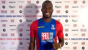 Crystal Palace, Benteke'yi transfer etti