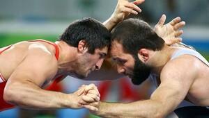 Selim Yaşar gümüş madalya kazandı