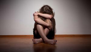 Öz kızına tecavüzden tutuklandı