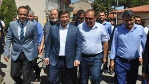 Davutoğlu: Türkiye 15 Temmuz'dan sonra eskisinden daha güçlü ve beraberdir