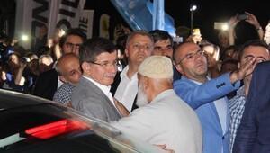 Davutoğlu: Türkiye, 15 Temmuz'dan sonra eskisinden daha güçlü ve beraberdir (2)