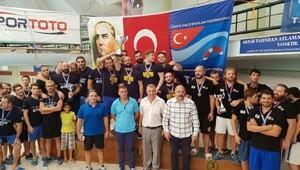 Kupayı Ege Sualtı Ragbisi Spor Kulübü aldı