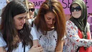 Genç kızı ağır yaralayan sürücünün serbest kalmasına tepki