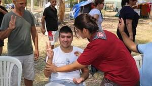Engelli vatandaşlar, Pamucak'ta kampa girdi