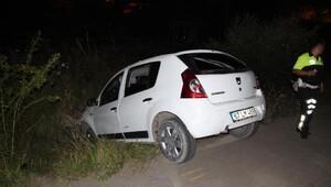 Araç kullanmayı öğrenirken kaza yaptı: 2 yaralı