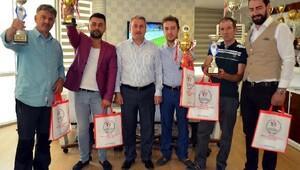 Karadeniz'den Erzurum'a ikincilik kupası getirdiler