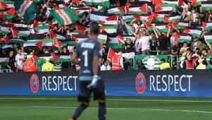 Celtic taraftarının Filistin'e desteği sürüyor