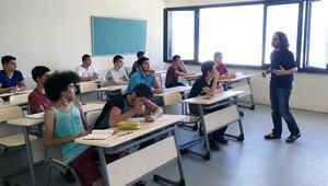 100 öğrenci, bilim kampında