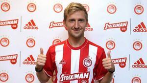 Marin, Olympiakos ile sözleşme imzaladı