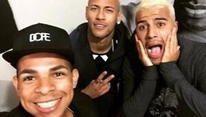 Sarı saç modasına Neymar da uydu