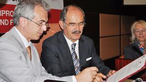 Frankfurt Belediye Başkanı Feldmann'dan Büyükerşen'e mektup