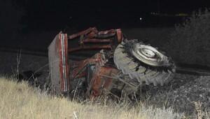 Raybüs, traktörü biçti: 2 ölü