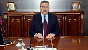 Eski İzmir ve Diyarbakır Valisi Cahit Kıraç'a FETÖ gözaltısı