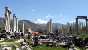 UNESCO Kültür Mirası Listesi'ne aday olan Afrodisias'ın belgeseli çekildi