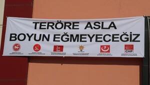 Kılıçdaroğlu'nun katıldığı programda anlamlı afiş