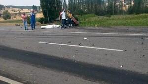Gedizde trafik kazası, 1 ölü