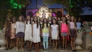 Hentbolcu kızlar Bornova'nın gururu