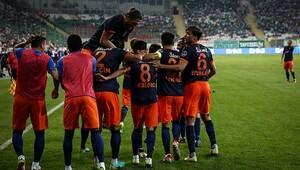 Bursaspor 0-2 Medipol Başakşehir / MAÇIN ÖZETİ