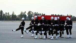 Şemdinli Derecik'te 2 uzman onbaşı şehit oldu (3)