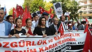 Eskişehir'de 'Cumhuriyet ve Demokrasi' yürüyüşü
