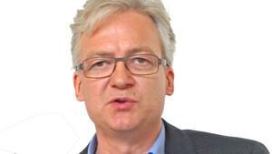 Ullrich Fichtner: Şansölye sağa doğru kayan popülist eğilimini başlamadan bitirmeli