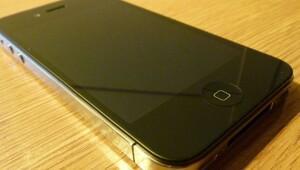 Apple iPhone 4'leri tamamen öldürüyor!