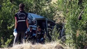 Kazada iki aile yok oldu; 4 ölü, 1 yaralı