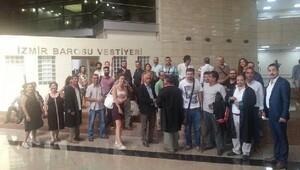 İzmir'de basın açıklaması yapmak isteyen 25 avukata gözaltı (2)
