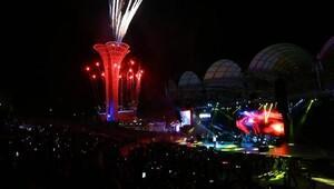 EXPO 2016da Işın Karaca ve Emre Altuğdan müzik ziyafeti