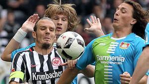 Leverkusen'e bir şok daha!
