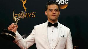 En İyi Erkek Oyuncu Emmy'si alan Rami Malek: 'Umarım herkese bu şans verilir'