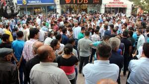 Batman'da izinsiz miting yapmak isteyen HDP ve DBP'lilere polis müdahalesi