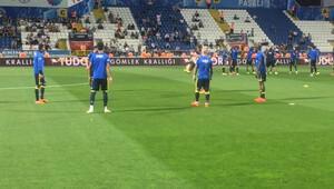 Maç öncesi ilginç olay! Fenerbahçeli futbolcular kulübeyi karıştırdı