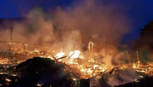 Yangın bir köyü haritadan sildi