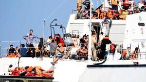 Ege'deki mülteci geçişlerinde endişelendiren artış