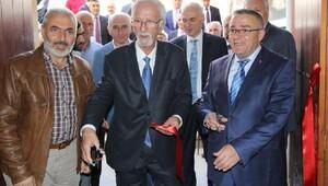 Taşhan'da Hat sergisi açıldı