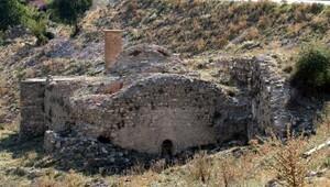 Osmanlıdan kalma tarihi cami restore ediliyor