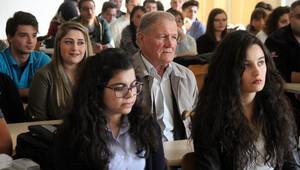 Trakya Üniversitesi'nin 'ihtiyar delikanlısı' ders başı yaptı