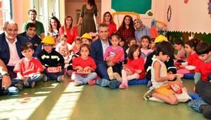 Diyarbakır Büyükşehir Belediyesi Eş Başkanı Anlı, çocuklara itfaiyeyi anlattı