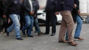 İzmir'de vakıf operasyonu: Paralı öğrencilere değil örgüte aktarmışlar
