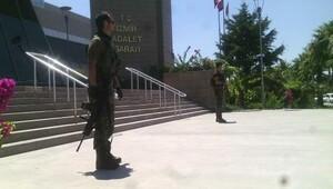 İzmir adliyesinde gözaltı sayısı 90'a çıktı