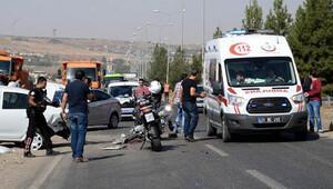 Yunus ekibi otomobile çarptı: 2'si polis 3 yaralı