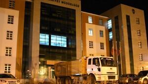 4 ton patlayıcı yüklü kamyon yakalandı