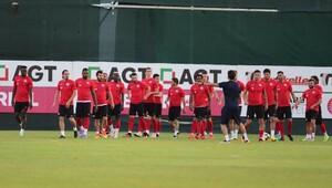 Antalyaspor'da Galatasaray mesaisi sürüyor