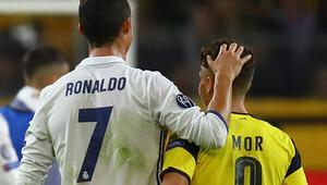 Emre Mor'dan Ronaldo'ya teşekkür