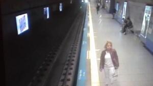 Metro istasyonunda intihar (1)