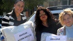 Kent Konseyi Kadın Meclisi'nden depremzede köye yardım