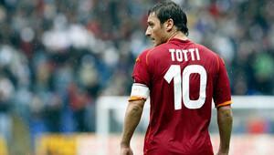 Tek başına Lazio'yu geçti!